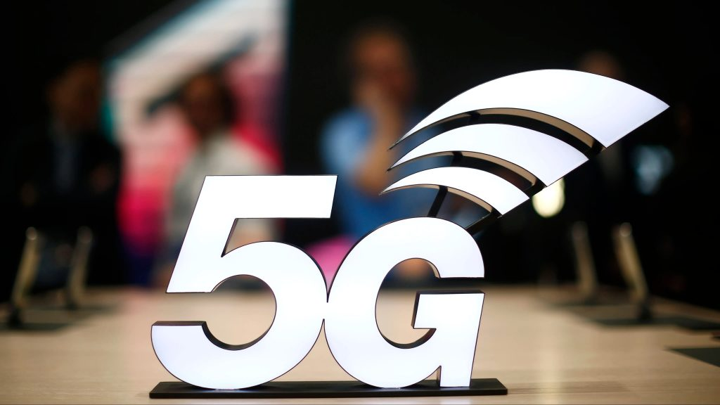 The New Smart Phones with the 5G Network Technology